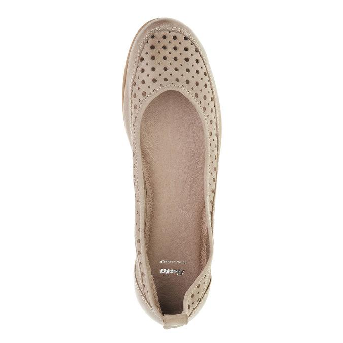 Kožené baleríny s perforací bata, béžová, 526-8496 - 19
