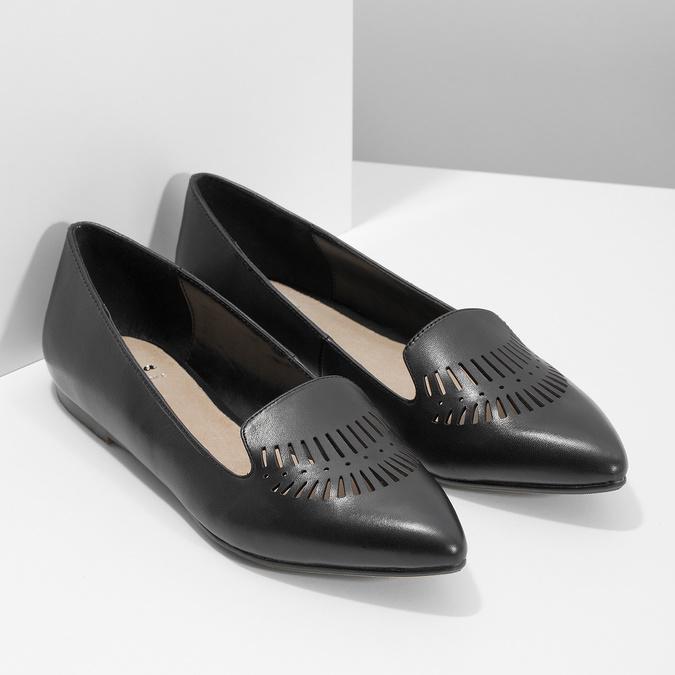 Kožené dámské Loafers s perforací bata, černá, 524-6659 - 26