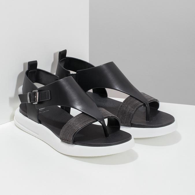Černé dámské sandály na výrazné podešvi bata-light, černá, 561-6616 - 26