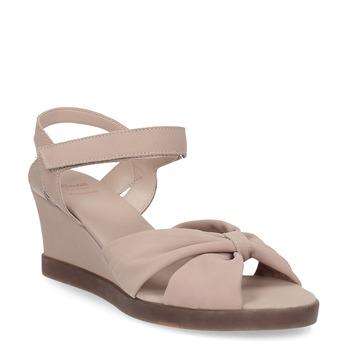 Béžové kožené sandály na klínku flexible, béžová, 666-5617 - 13