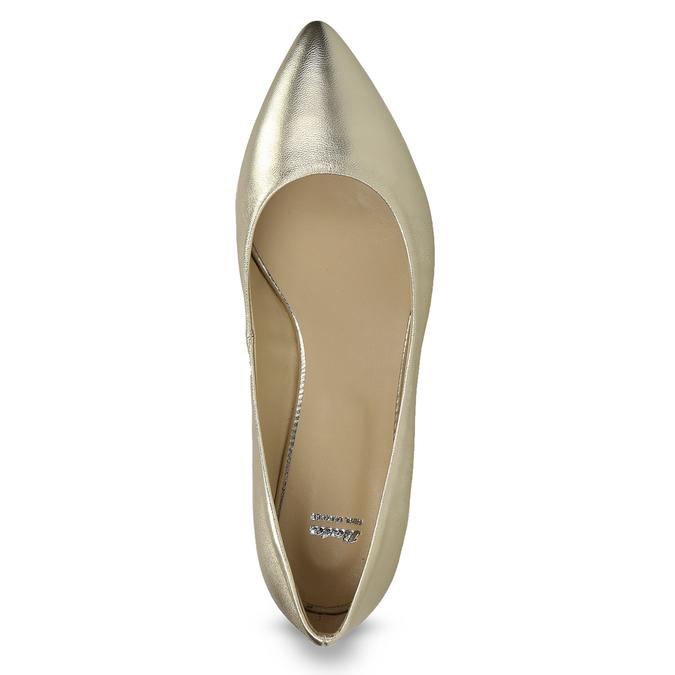 Zlaté kožené baleríny do špičky bata, 526-8242 - 17
