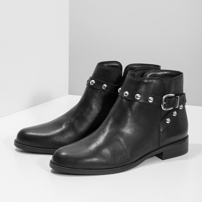 Kožená kotníčková obuv s kovovými cvoky bata, černá, 594-6668 - 16