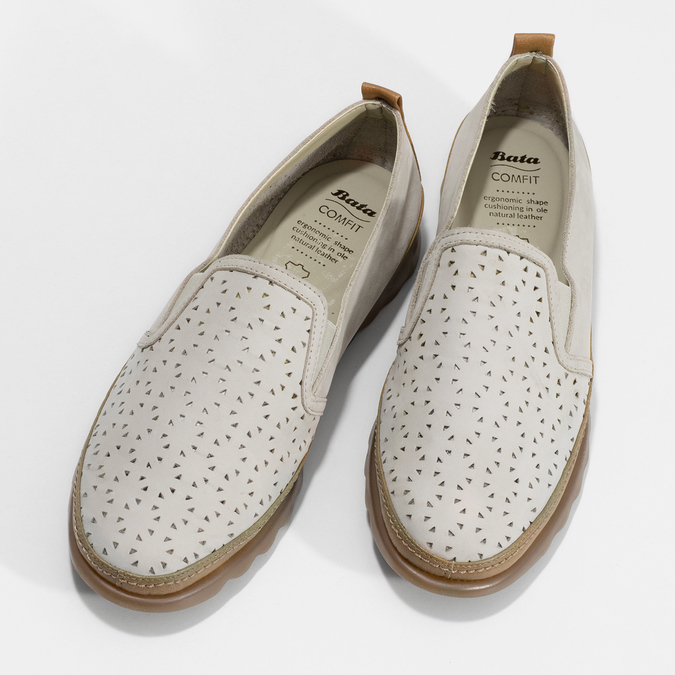 Béžová kožená Slip-on obuv s perforací comfit, béžová, 516-8614 - 16