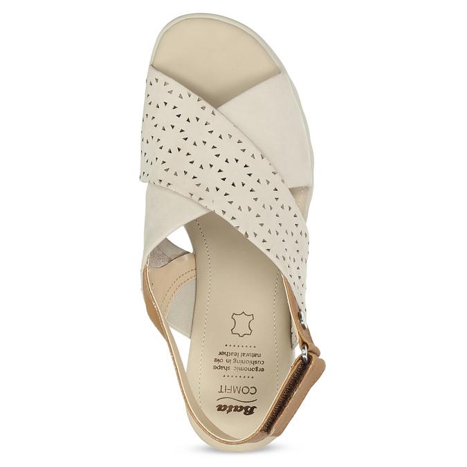 Béžové dámské kožené sandály s perforací comfit, béžová, 566-8610 - 17