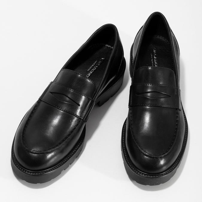 Černé kožené mokasíny na výrazné podešvi vagabond, černá, 524-6110 - 16