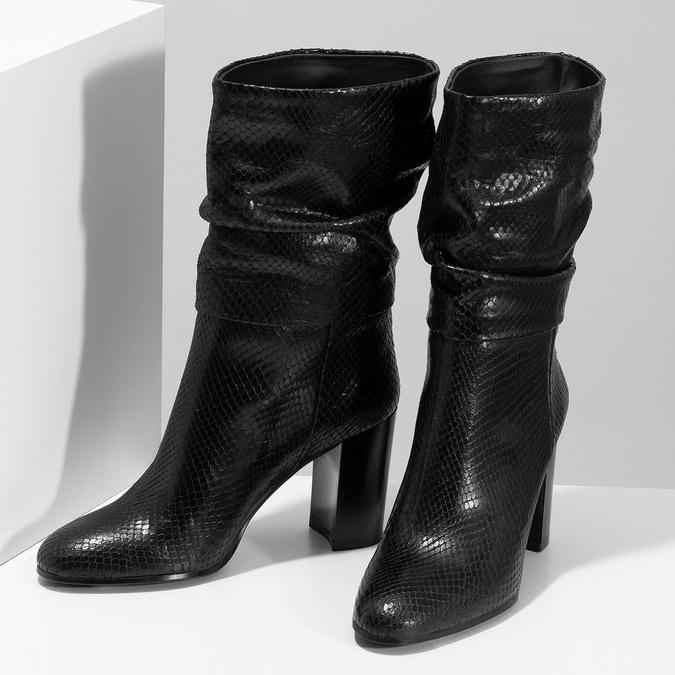 Černé kožené kozačky s řasením a strukturou bata, černá, 795-6600 - 16