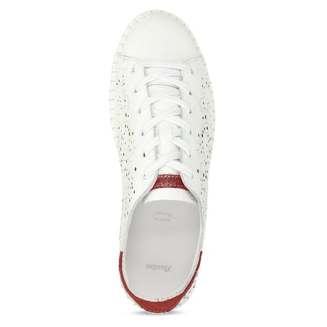 Dámská kožená bílá obuv s perforací bata, bílá, 524-1612 - 17