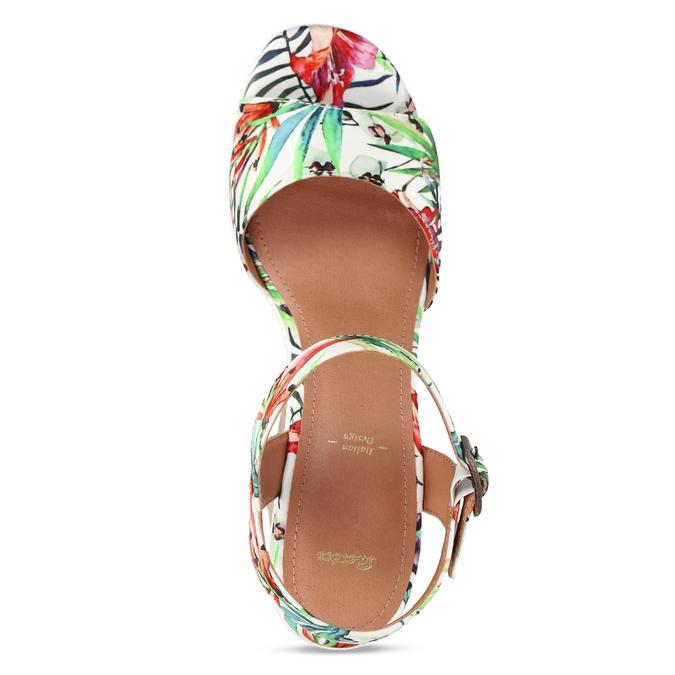 Dámské sandály na platformě bata, bílá, 759-1606 - 17