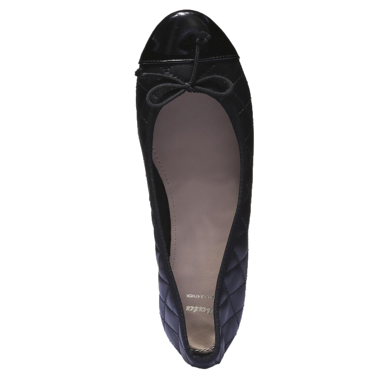 Baleríny s výrazným prošitím bata, černá, 2018-524-6141 - 19